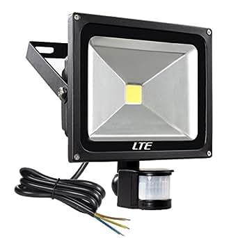 LTE Faretto Esterno 30W Faro LED con Sensore di Movimento Illuminazione Esterno, Impermeabile IP65, 6000K, 2400 Lumen