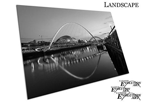 Schwarz & Weiß Millennium Bridge River Tyne Newcastle Gateshead - a1