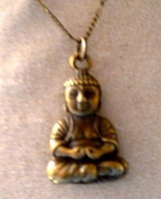 pendentif petit bouddha en méditation