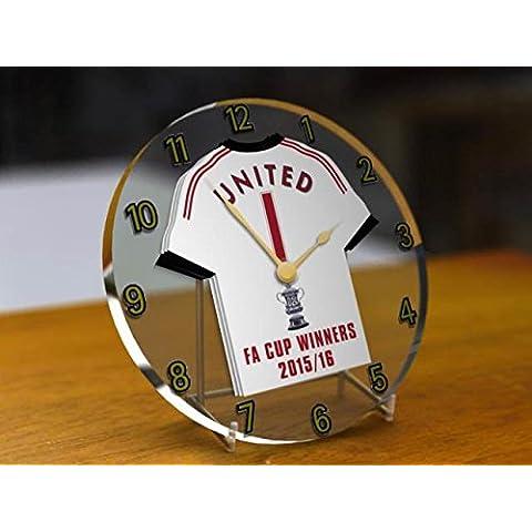 Manchester United Club de fútbol–FA Cup Winners 2015/16Reloj de escritorio conmemorativa.