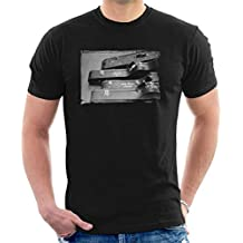 Debi Doss Official Photography - Crosby And Nash Guitars US Tour 1971 Men's T-Shirt