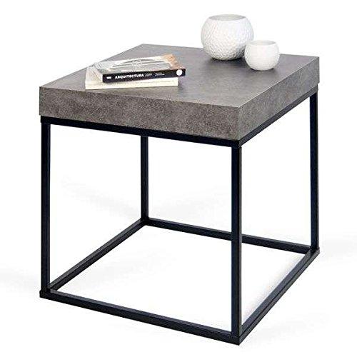 MDS PETRA, table d'appoint ou table basse : le béton et l'acier, sans le béton - designer : INÊS MARTINHO - 55 x 55 x 53 cm - aspect béton mat, lisse au toucher, piétement métal noir