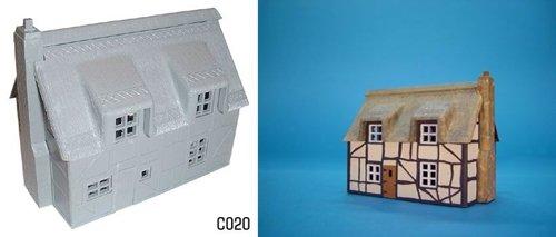1/76 DAPOL C020 Reetgedecktes Fachwerk Haus Bausatz Mittelalter - Moderne