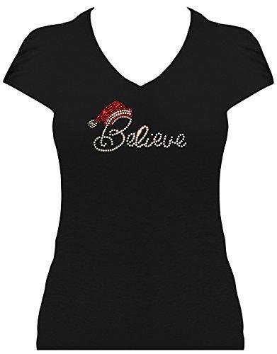 Fun Shirt Sprüche Weihnachten Believe Schriftzug mit Weihnachtsmütze regenbogen STRASS elegantes Damen Strass Shirt Schwarz