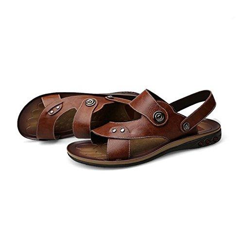 GAOJIAN Été Nouveaux chaussures en cuir pour hommes Pantoufles de plage Chaussons de mode portatifs creux 606 brown