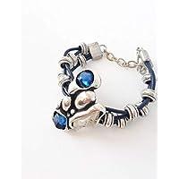 Joya Pulsera para mujer plateada con cuero y zamak sin niquel decorado con piedra cristal azul y blanca. Diseño elegante moderno y actual. regalos navidad