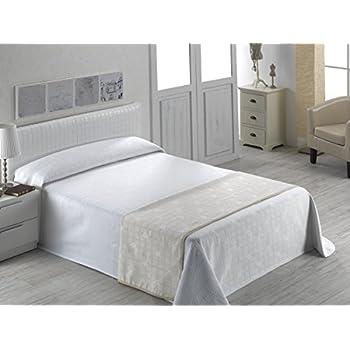couvre lit 300x280 SABANALIA Giovanna Couvre Lit en piqué Para cama de 200 cm Ecru  couvre lit 300x280