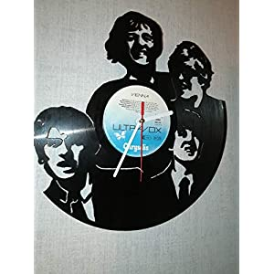 Wanduhr aus Vinyl Schallplattenuhr mit The Beatles Motiv upcycling design Uhr Wand-deko vintage-Uhr Wand-Dekoration retro-Uhr