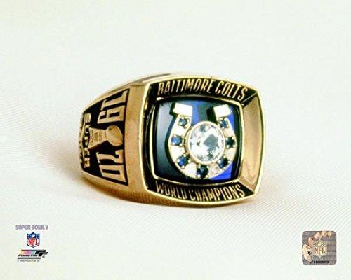 The Poster Corp Baltimore Colts 1971 Super Bowl V Championship Ring Photo Print (40,64 x 50,80 cm)