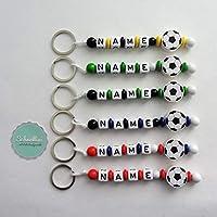 �� Schlüsselanhänger mit Namen Kinder Gravur Motivperle Fußball Schultasche Rucksack Kindergartentasche Schlüsselring Vereinsfarben mit Name | Junge Mädchen Namenskette