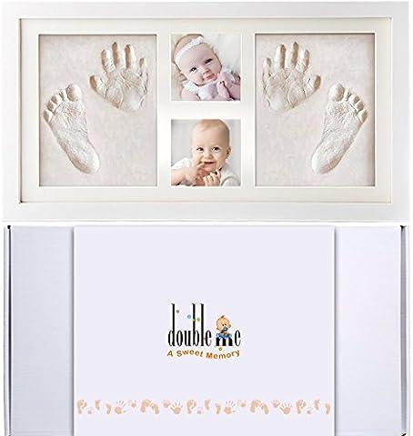 Doubleme Baby Bilderrahmen für Handabdruck und fußabdruck, Echtholz Babyrahmen mit Sicheren Abdruckmasse, Einzigartiges Geschenk für Neugeborene, Zwillinge, Baby Dusche oder Kinder Geburtstagsgeschenke, 2 Fotos und 2 Abdrückes, Weiße