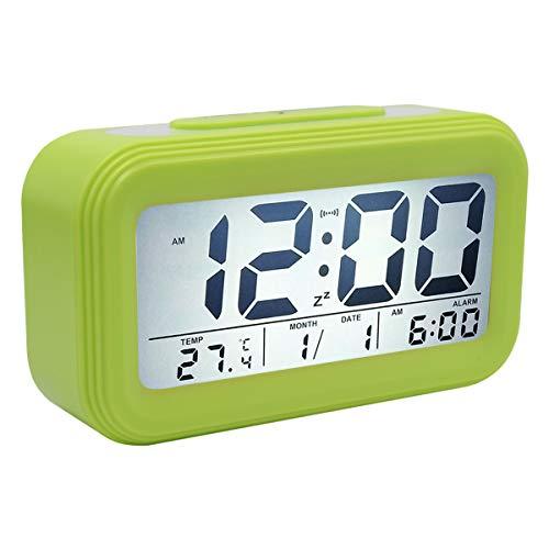 COOJA Reloj Despertador Digital Pilas, Reloj Alarma Despertador Infantil con Luz Snooze Numeros Grandes Temperatura, Despertador Electronico de Viaje Reloj Digital Casa Mesilla Alarm Clock -Verde