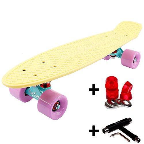 FunTomia Mini-Board 57cm Skateboard mit oder ohne LED Leuchtrollen inkl. Aluminium Truck und ABEC-11 Kugellager in verschiedenen Pastell-Farben zur Auswahl T-Tool (Deck in Pastell-gelb/ Rollen in flieder ohne LED + T-Tool + Lenkgummis)