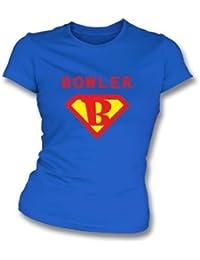 La camiseta del ajustado de la muchacha estupenda del jugador de bolos (superhombre) grande