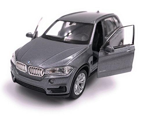 Producto de licencia de automóvil Welly BMW X5 SUV modelo 1: 34-1: 39 plata