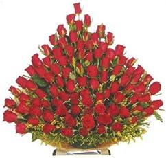 Floralbay Special Basket Arrangement of Red Roses Fresh Flowers