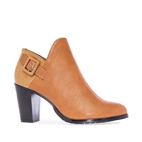 Andres Machado.AM5100.Zapato abotinado en Soft y Ante.Tallas Pequeñas y Grandes32/35,42/45. Mujer. Camel