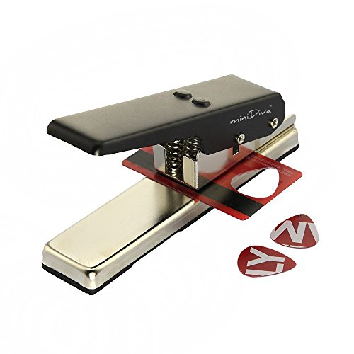 Minidiva GitarrePlectrum Auswahl-Taste Plastic Card Locher Picks Maker Cutter DIY-Maschine