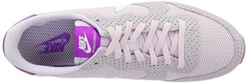 Nike Wmns Internationalist, Chaussures de Sport Femme, Différents Coloris, Media Multicolore (Blchd Llc / Smmt Wht-Gm Md Brwn)