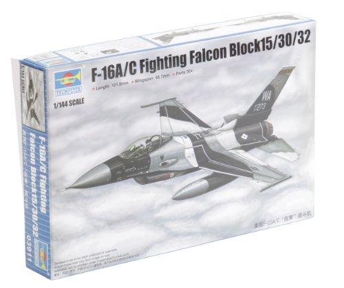 trumpeter-1144-modellino-aereo-lockheed-martin-f-16c-fighting-falcon-block-15-30-32-tru03911