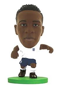 SoccerStarz SOC1037 - Figura del Equipo Nacional de Inglaterra con Licencia Oficial de Nathaniel Clyne en Kit de Inicio