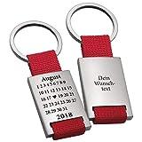 Geschenke 24 Schlüsselanhänger Schönster Tag in Rot mit Wunschgravur – gravierter Schlüssel Anhänger im Kalender Design - mit Wunschtag, Monat und Jahr personalisiert