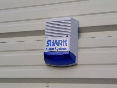 Dummy Alarm Bell Box – Dummy Burglar Alarm Box – Solar Powered – Flashing LED – Blue lens