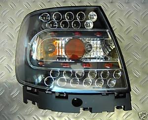 HELLA 1GM 996 135-151 Arbeitsscheinwerfer, Schwarz