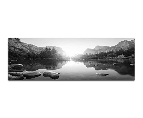 Leinwandfoto als Panorama SCHWARZ / WEISS 120x40cm Yosemite Berge Wald Fluss Sonnenaufgang