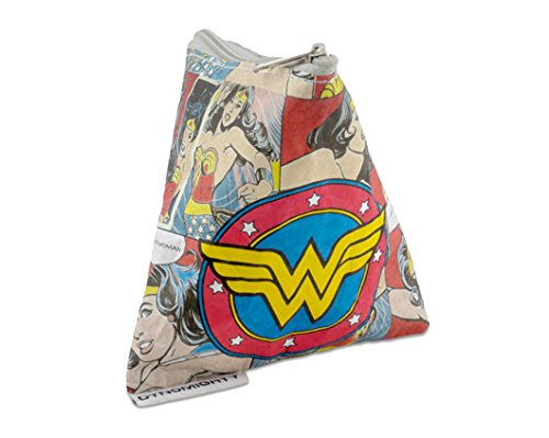 dynomighty-wonder-woman-mighty-stash-bag-lasso-as-much-as-you-can-into-this-stash-bag-water-stain-te