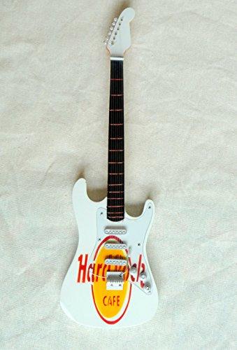 miniatur-gitarre-holz-deko-gitarre-fender-stratocuster-52-hard-rock-cafe-24-cm