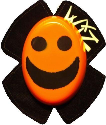 Preisvergleich Produktbild WIZ Knieschleifer - Smily Schwarz auf Orange