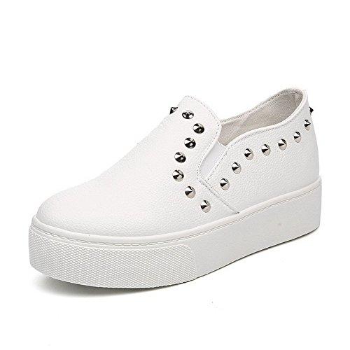 AllhqFashion Damen Ziehen Auf Rund Zehe Mittler Absatz Rein Pumps Schuhe Weiß