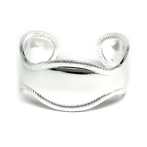 Classy and Fashion Silver Antique Style Cuff Bangle with a High Polish Finish