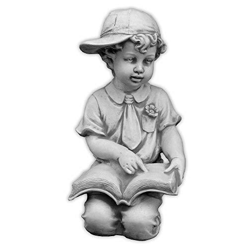 gartendekoparadies.de Massive Steinfigur Junge mit Buch Kinderfigur aus Steinguss frostfest