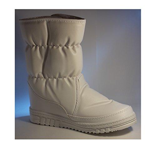 Gefütterte Winterstiefel, Damenschuhe, Modell 1331400112007707, Winterschuhe für Damen, schwarz, braun oder weiß, halbhoch oder noch. Weiß hoch.