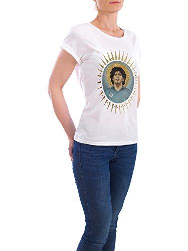 """Design T-Shirt Frauen Earth Positive """"Ikone Maradona (1986)"""" - stylisches Shirt Sport / Fußball Menschen von David Diehl Weiß"""