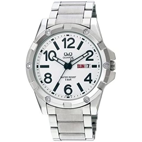 Reloj Q&Q Analogico caballero Sumergible 50M Correa Acero Caja Metalica A150J204