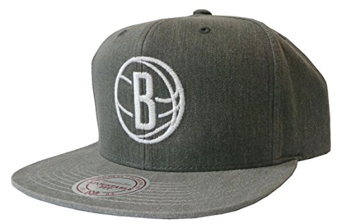 Mitchell & Ness Snapback Cappy Cap Brooklyn washed Grau Onesize button strap -