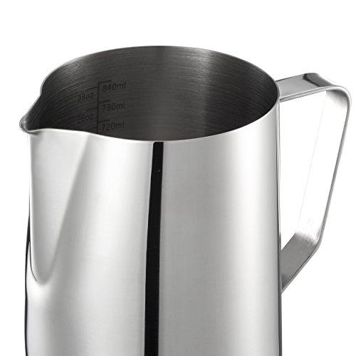 Mari Chef Milchkrug / Aufschäumbehälter / Messbecher mit Markierungen innen, Edelstahl, 900 ml