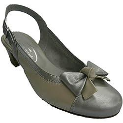 Zapato abierto atrás punta cerrada tacón medio ancho especial Pomares Vazquez en beig talla 38
