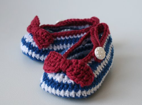 Häkeln Booties Newborn (Crochet pattern nautical french style baby booties (52) (Crochet booites) (English Edition))