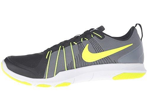 f5f716833e4d Buy Nike Men Black Flex Train Aver Training Shoes on Amazon ...