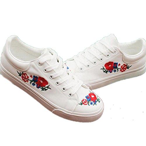 SHFANG Lady Schuhe Point Hole Kleine weiße Schuhe Thick Bottom Erhöhte Pu Stickerei Studenten Komfortable Bewegung Täglich White