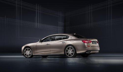 classic-car-e-muscle-pubblicitari-e-decorazione-per-auto-con-immagine-maserati-quattroporte-personal