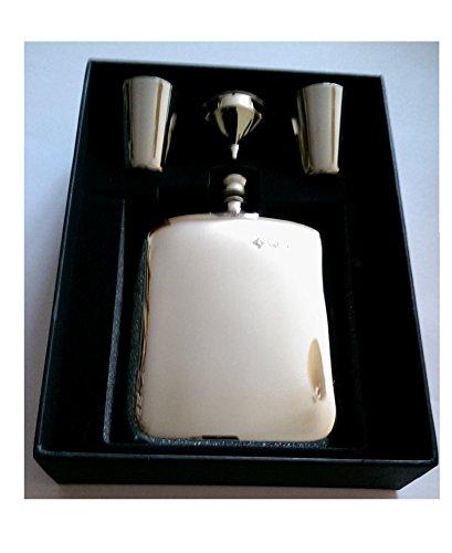 diseno-cojin-de-6-oz-petaca-con-embudo-y-2-vasos-en-caja-de-presentacion-744fl