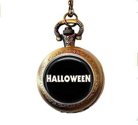 bab Halskette mit Taschenuhr, Halloween-Motiv