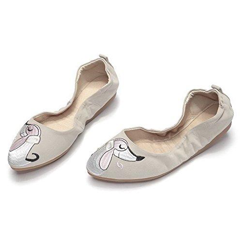 AllhqFashion Damen Rund Zehe Niedriger Absatz Weiches Material Ziehen Auf Pumps Schuhe Cremefarben
