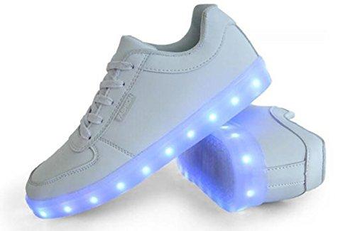 [Present:kleines Handtuch]JUNGLEST 7 Farbe USB Aufladen LED Leuchtend Sport Schuhe Sportschuhe Sneaker Turnschuhe für Unisex Erwachs Weiß