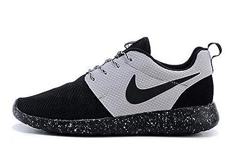 Nike Roshe One womens (USA 5.5) (UK 3) (EU 36)